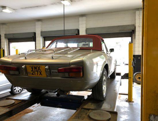 Fiat 124 Sport Spider 22